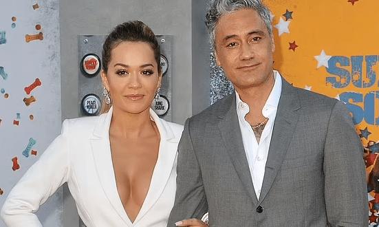 Rita Ora berpacaran dengan Sutradara THOR, taika Waititi